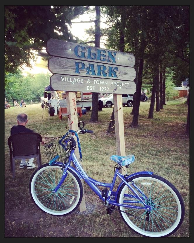 Glen Park sign with Bike